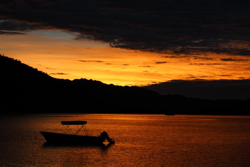 Early Sunrise at Bahía de Concepción