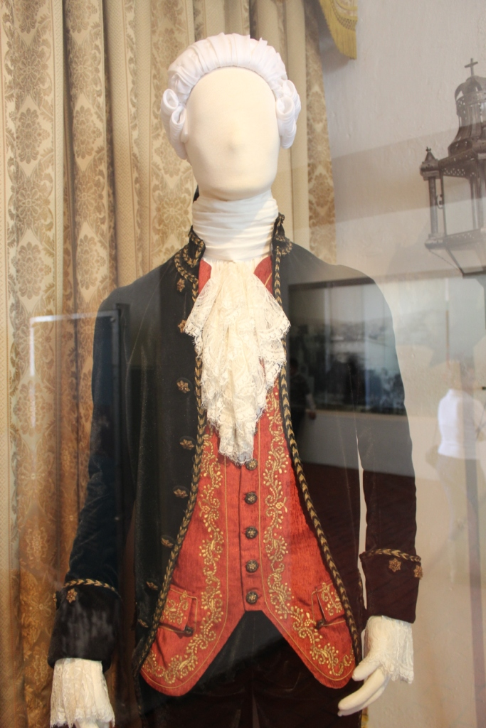 Colonial Mexican garb