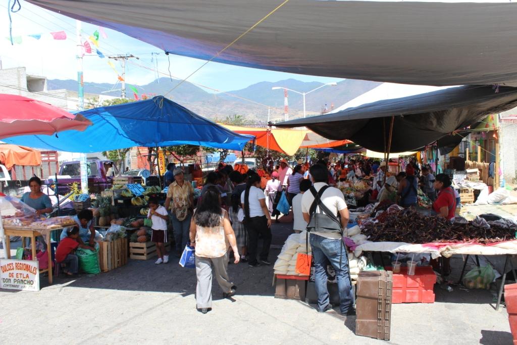 Villa de Etla Market