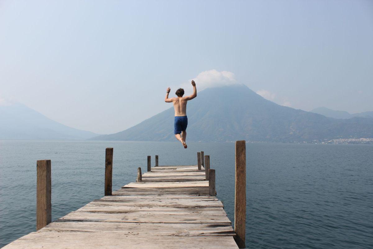Lago de Atitlan Dock Jumping