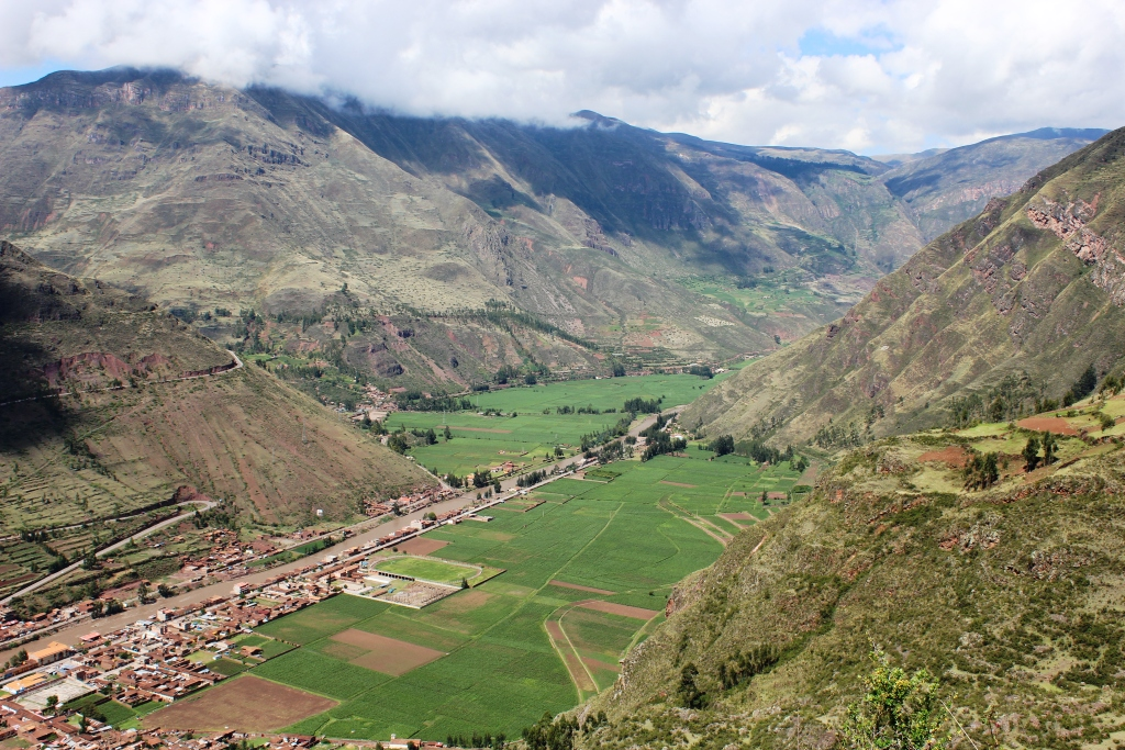 Modern Day Pisac and the Sacred Valley from Ancient Pisac
