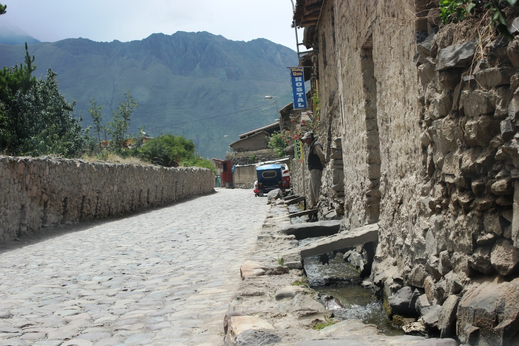 Driving into Modern Day Ollantaytambo