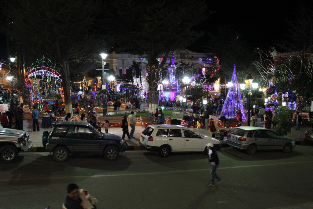 Potosí Plaza on Christmas Eve