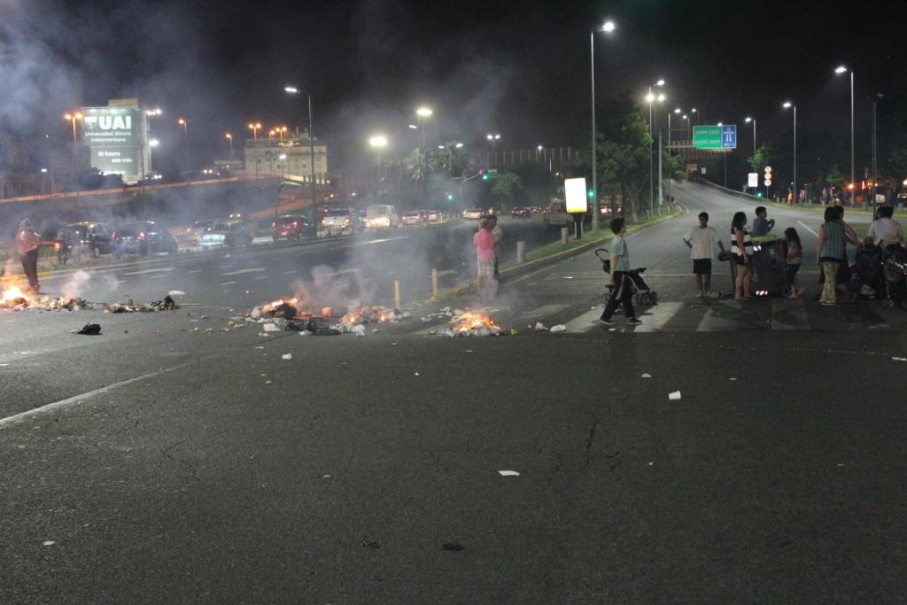 Buenos Aires Road Block